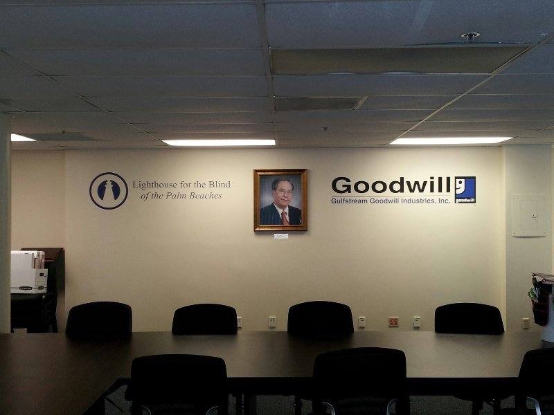 goodwill-logo-added-in-vinyl
